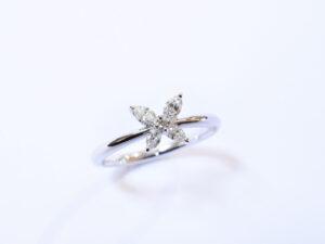 pt900バタフライリング ダイヤモンド