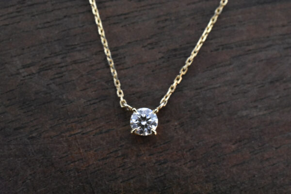 0.2ct 4本爪 ネックレス